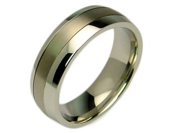 Model Hero - 2 couple rings stainless steel and titanium