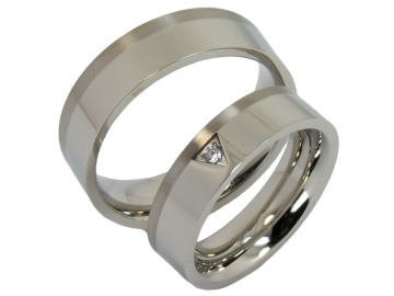 Model Tiziano - 2 couple rings stainless steel with titanium