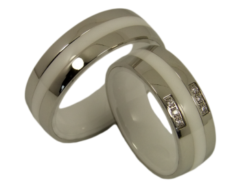 Model Caroline - 2 wedding rings ceramic with stainless steel