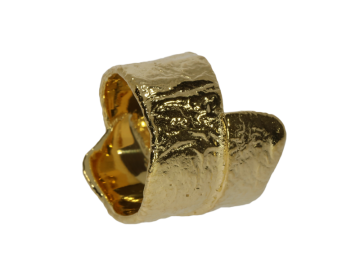 Breiter Ring gelbgolden mit rauher Struktur 925 Silber